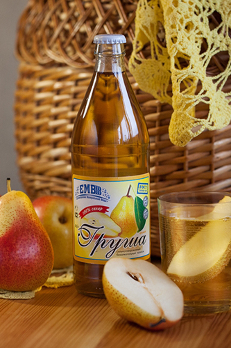Non-alcoholic carbonated drink Pear